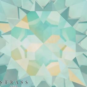 Swarovski Crystals 4470 Pacific Opal (390)