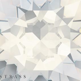 Cristaux de Swarovski 4120 Crystal (001) Moonlight (MOL)