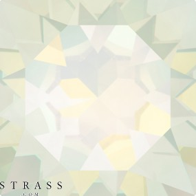 Cristaux de Swarovski 6650 White Opal (234)